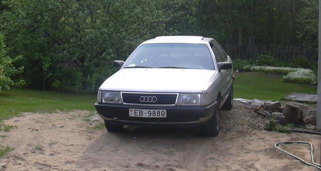 Personīgajā lietošanā visilgāk kalpojušais auto Audi-100-2.sized